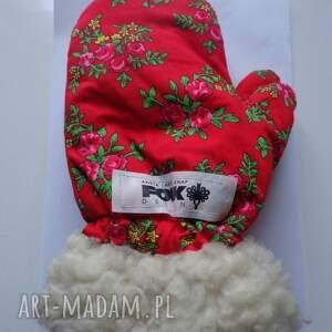 folk rękawiczki czerwone zimowe design aneta