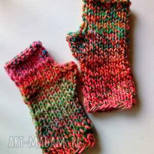 niesztampowe rękawiczki kolorowe wełniane mitenki
