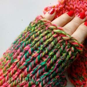 The Wool Art - kobiece mitenki