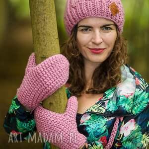 intrygujące rękawiczki kwarcowy