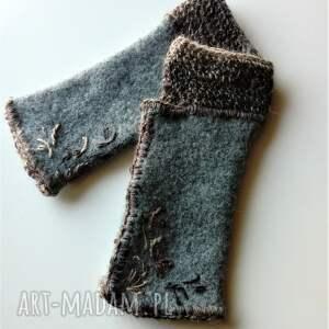 szare rękawiczki mitenki