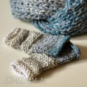 The Wool Art niekonwencjonalne rękawiczki mitenki