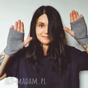 szare rękawiczki mitenki basic