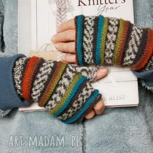 frapujące rękawiczki wygodne mitenki wykonane na drutach bezszwowo