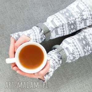 białe rękawiczki skandynawski mitenki - norweskie wzory