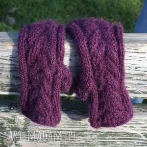 rękawiczki drutach mitenki śliwkowe