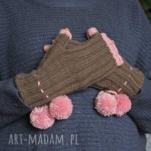 hand made rękawiczki pompony mitenki z pomponami