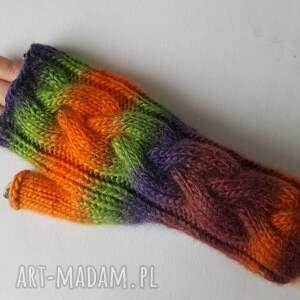 modne rękawiczki w jesiennych kolorach