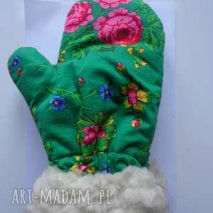 zielone rękawiczki folk zimowe design aneta