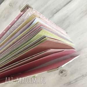 szare scrapbooking albumy album dla dziewczynki - kolorowe