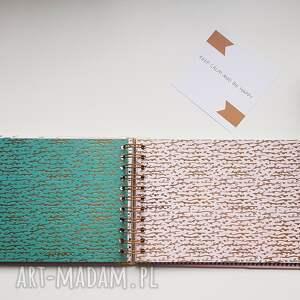 Iride Handmade scrapbooking albumy: prezent