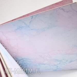 modne scrapbooking albumy album z konikiem-pastel
