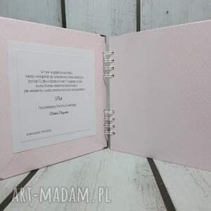 białe scrapbooking albumy urodziny słonik na szczęście w nowej