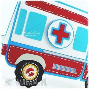 czerwone scrapbooking kartki auto ambulans - kartka