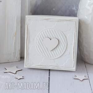beżowe scrapbooking kartki aniołek stróż z kartką w mini