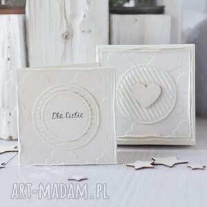 kartka urodzinowa scrapbooking kartki białe aniołek stróż z kartką w mini