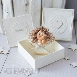 nietypowe scrapbooking kartki kartka urodzinowa aniołek stróż z kartką w mini