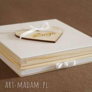 ręcznie robione scrapbooking kartki pudełko drewniane na chrzest