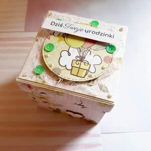 scrapbooking kartki exploding box box na roczek - konik