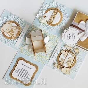 Biala Konwalia scrapbooking kartki exploding box box chrzest