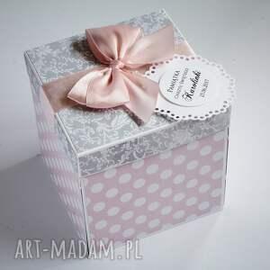 scrapbooking kartki pudełko exploding box - pamiątka chrztu