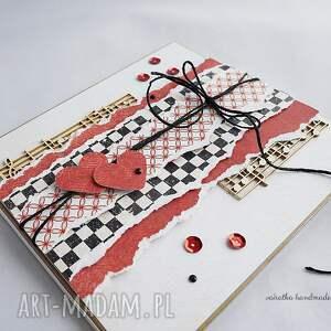 walentynki scrapbooking kartki czerwone folder cd i kartka walentynkowa