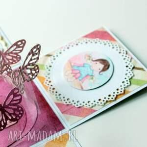 ręcznie wykonane scrapbooking kartki dziewczynka pudełko - niespodzianka na urodziny