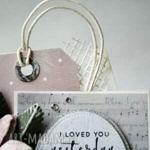 życzenia scrapbooking kartki białe i loved you - kartka sztalugowa
