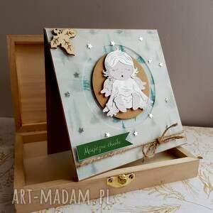 prezenty świąteczne kartka magiczny czas