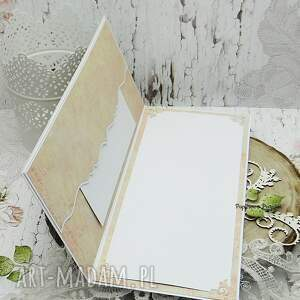 Papierowa P Kartka ślubna w pudełku kartka-ślubna
