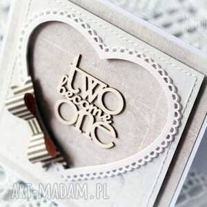 scrapbooking kartki gratulacje kartka ślubna z szarą kokardą