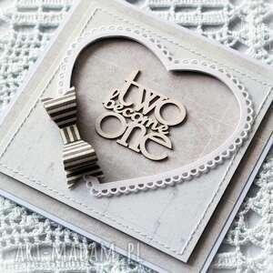 kartka scrapbooking kartki białe ślubna z szarą kokardą