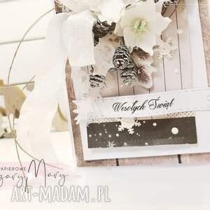 pomysł na upominek kartka z-kwiatami świąteczna w pudełku