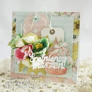 handmade scrapbooking kartki kartka urodzinowa z babeczką (w