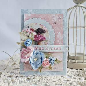 niesztampowe scrapbooking kartki kartka urodzinowa z muffinkami