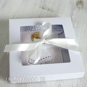 białe scrapbooking kartki prezent kartka w pudełku - komunia