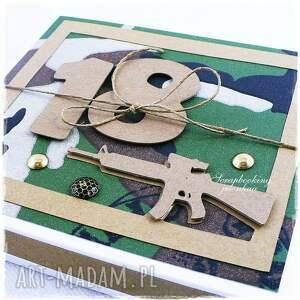 pudełko scrapbooking kartki militarna koszula - kartka