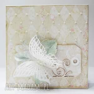 życzenia scrapbooking kartki motyle - kartka w ozdobnym pudełku