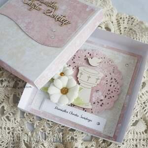 różowe scrapbooking kartki kartka-chrzcielna na chrzest - z chrzecielnicą