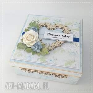 niebieskie scrapbooking kartki pudełko ślubne niezbędnik małżeński