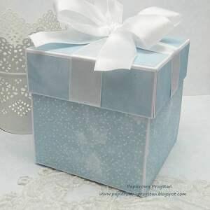 kolorowe scrapbooking kartki pamiątkachrztu pamiątkowe pudełko na chrzest