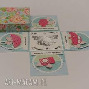 scrapbooking kartki exploding box na 18 urodziny