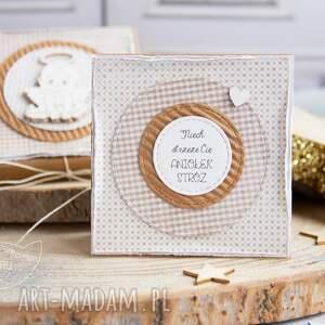 handmade scrapbooking kartki kartka na chrzest pudełeczko z kartką pełne uczuć