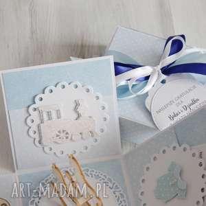 białe scrapbooking kartki prezent pudełko - kartka na chrzest lub