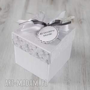 nietuzinkowe scrapbooking kartki pudełko kartka prezent urodziny