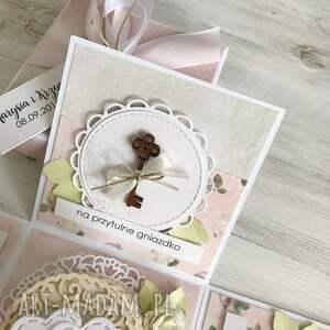 scrapbooking kartki pudełko z niespodzianką - na ślub
