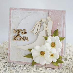 kartka-ślubna scrapbooking kartki różowe ślubna z margerytkami