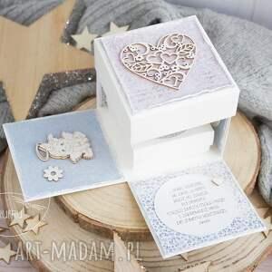 ręczne wykonanie scrapbooking kartki chrzest urocze eksplodujące pudełeczko
