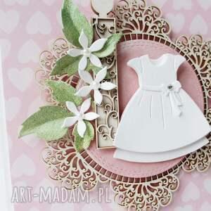 pamiątka scrapbooking kartki w białej sukience - pudełku