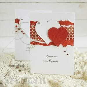 czerwone scrapbooking kartki walentynka z sercami